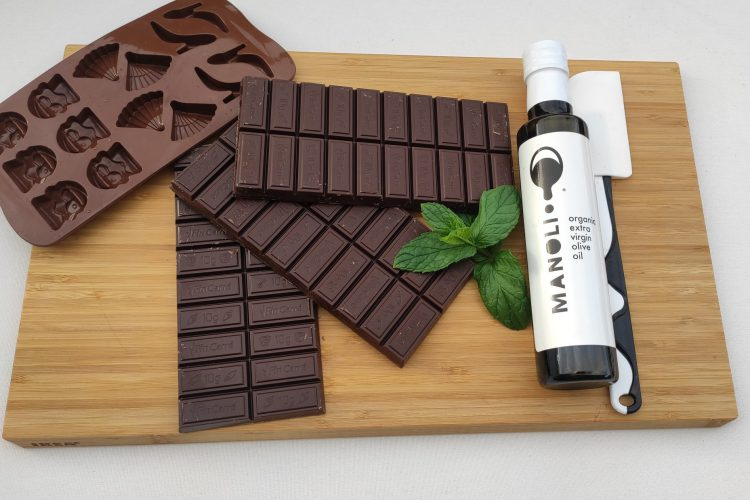 Mini Chocolates with high phenolic Olive Oil